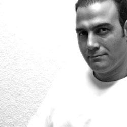 بیوگرافی علیرضا قربانی همراه با تصاویر